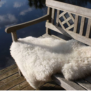 Sheepskin-on-outdoor-bench